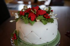 beautiful Christmas wedding cakes | ... December 20, 2011 at 1600 × 1071 in Winter and Holiday Wedding Cake