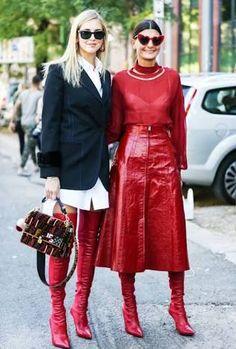 Resultado de imagen para red boots street style