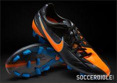 95 Best Football images  d8472e4854714