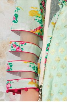 Fabric ideas , see through stripes , fashion style manipulation detailing Kurti Sleeves Design, Sleeves Designs For Dresses, Kurti Neck Designs, Dress Neck Designs, Sleeve Designs, Blouse Designs, Pakistani Fashion Casual, Pakistani Dresses Casual, Pakistani Dress Design