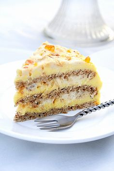 Torte Egyptian - fabulous dessert with pralines and creamy layers.