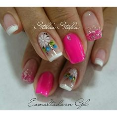 Uñas de verano Toe Nail Art, Toe Nails, Acrylic Nails, Daisy Nails, Flower Nails, Stylish Nails, Trendy Nails, Magic Nails, Spring Nail Art