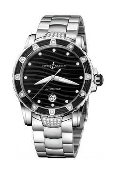 Ulysse Nardin has updated the Lady Diver to a modern 40mm. It has a stainless steel case, and a black dial. This watch has a water resistance rating of 100m, with twelve stunning diamonds on the bezel