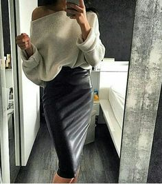 Longer leather pencil skirt and a tuck in oversized sweater ❤