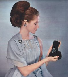 Jean Patou dress - 1963 Hair by Carita Jewels by Bijoux de Boheme Retro Hairstyles, Bun Hairstyles, Updo Hairstyle, Wedding Hairstyles, White Lipstick, Jean Patou, Retro Updo, 1960s Hair, Moda Retro
