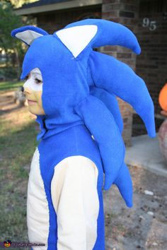 Sonic the Hedgehog Costume - Halloween Costume Contest Sonic The Hedgehog Halloween Costume, Sonic Costume, Halloween Costume Contest, Halloween Costumes For Kids, Halloween 2020, Costume Ideas, Kids Costumes Boys, Boy Costumes, Face Painting For Boys