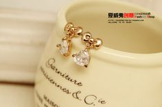 http://www.aliexpress.com/store/product/2013-wholesale-Hearts-and-arrows-zircon-bow-bridal-anti-allergic-stud-earring-for-womens/239061_1401827509.html Find More Information about  Korea Heart Bowknot Gold Plated Crystal Women's Stud Earrings Channel 2014 New Fashion Stylist Jewelry Accessories Wholesale,High Quality earring set,China earring accessories Suppliers, Cheap earings from Hawaii Arts Jewelry