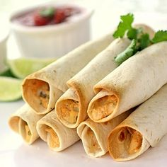 Baked Creamy Chicken Taquito's, these look Delish! I love me some Taquito's! Baked Taquitos, Chicken Taquitos, Taquitos Recipe, Chicken Tacos, Homemade Taquitos, Mexican Dishes, Mexican Food Recipes, Mexican Appetizers, Mexican Easy