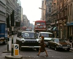 Sloane Street, September 1978 Vintage London, Old London, Kingston Upon Thames, Kensington And Chelsea, Classic Photography, Late 20th Century, London Photos, Places Of Interest, London Calling