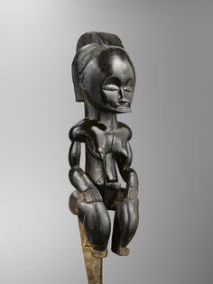 FANG GABON Figure de reliquaire Musée Dapper, Paris © Archives Musée Dapper - Photo Hughes Dubois.