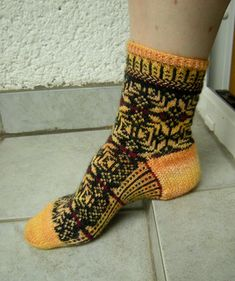 Ravelry: Around the World in Knitted Socks: 26 Inspired Designs - patterns