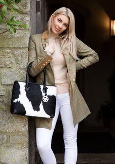 Welcome to Hyde & Hare Studded Leather, Leather Handle, Black And White Bags, Hermes Kelly Bag, Cowhide Bag, Boho Fashion, Womens Fashion, Boho Bags, Leather Satchel Handbags