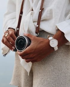 Daniel Wellington 15% OFF CODE: MCMULLAN15 at checkout + FREE SHIPPING. Beautiful interchangeable watch bands. Or get 25% OFF a bundle limited time only using my code! #ad #watches #discount #danielwellington #gifts #newyears