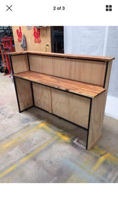 12 Office Desk Redo Ideas for you to renovate your Work space! Neat Desk, Desk Redo, Office Reception, Salon Reception Desk, Coffee Shop Bar, Boutique Decor, Coffee Design, Cafe Interior, Store Design