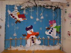 Идеи зимних новогодних панно Craft Activities For Kids, Preschool Crafts, Art Wall Kids, Art For Kids, School Decorations, Christmas Decorations, Winter Bulletin Boards, January Bulletin Board Ideas, Wood Burning Kits