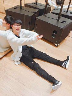 NCT Ten - He looks so cuddly in this picture Winwin, Nct 127 Members, Nct Dream Members, Yang Yang, Taeyong, K Pop, Zen, Ten Chittaphon, Nct Ten