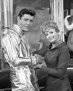 Print Guy Williams June Lockhart Lost in Space 1968 Space Tv Series, Space Tv Shows, My Favorite Image, Favorite Tv Shows, Guy Williams Actor, June Lockhart, Space Hero, Lost In Space, Classic Tv