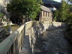 Holzgeländer für Hochwasserschutz aus kesseldruckimprägniertem Holz