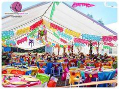 Quinceanera Party Planning – 5 Secrets For Having The Best Mexican Birthday Party Mexican Birthday Parties, Mexican Fiesta Party, Fiesta Theme Party, Party Themes, Party Ideas, Ideas Decoración, Ideas Para, Taco Party, Luau Party