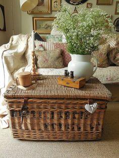 Rustic furniture living room sofas ottomans ideas for 2019 Wicker Hamper, Wicker Trunk, Wicker Mirror, Wicker Shelf, Wicker Sofa, Wicker Furniture, Unique Furniture, Home Furniture, Wicker Storage Baskets
