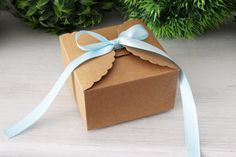 These boxes are perfect biscuits.  Details: - Material: Hard Kraft Paper - Size approx.: 9 x 9 x 5 cm (3.54 x 3.54 x 1.97 inches) - Quantity: 10 boxes - Ribbon not included - Some very easy assembly is required.  IMPORTANT * Please note that most of the time, estimated shipping cost does not reflect the real shipping price that you will have to pay and I will refund any shipping overages. If you would like to have an exact shipping cost before ordering, please send me a message with the…