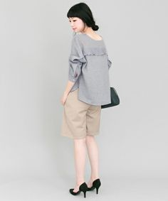 【セール】KBF+ 前後2wayフリルブラウス(Tシャツ/カットソー)|KBF(ケイビーエフ)のファッション通販 - ZOZOTOWN
