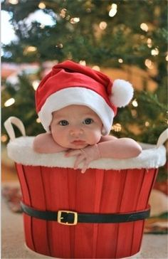 2013 Christmas kids photo,Christmas new born baby photo for 2013 Christmas | 2013 Christmas 8 Best kids photo-tell you how to take photos of your kids on this coming Christmas by bellazones