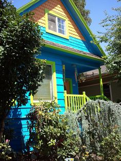 colorful house in portland, oregon