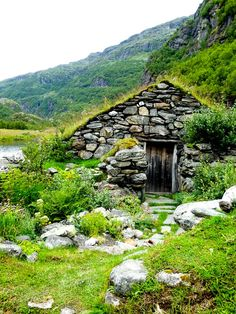 Life Abundant Blog - Gudvagen, Norway,   Aurlandsdalen Valley, Aurlandsdalen Valley Nesbo Farm, Best places to visit in Gudvagen, Norway Blog, Norway Travel Tips, Norway Hike, Gudvagen Travel