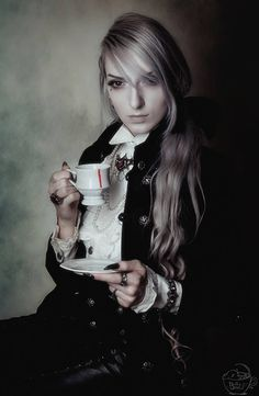 Model: Valentin Van Porcelaine Photo: Bella Bass Photography Welcome to Gothic and Amazing |www.gothicandamazing.com