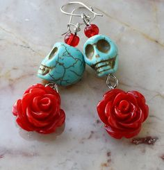 Day of the Dead Dia de los Muertos Frida Kahlo Señorita Red Rose Turquoise Skull Dangle Hypoallergenic Earrings Source by sharraboberra Halloween Schmuck, Halloween Jewelry, Holiday Jewelry, Beaded Earrings, Beaded Jewelry, Handmade Jewelry, Rose Jewelry, Rose Earrings, Unique Earrings