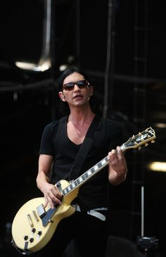 brian molko guitar - Google Search
