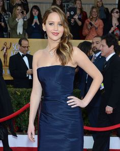 Jennifer Lawrence in Dior Couture and Chopard jewels, 2013 SAG Awards