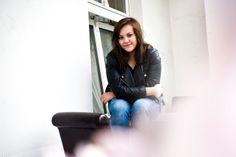 Olga, 24, Neukölln www.imgegenteil.de