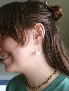 These brass hoops are complemented with a beautiful cluster of pearls. A fun new twist on the elegance of a pearl earring and a staple hoop. Vegan Fashion, Slow Fashion, Sustainable Clothing, Sustainable Fashion, Pearl Party, Ethical Fashion Brands, Vegan Shoes, Pearl Earrings, Pearls
