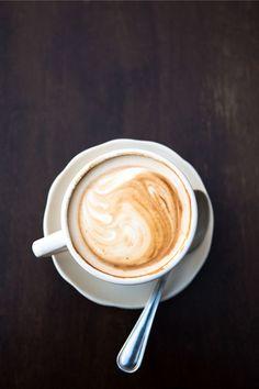 Coffee Drinks, Coffee Cups, Coffee Good For You, Benefits Of Drinking Coffee, Cappuccino Coffee, Coffee Beans, Latte, Food, Coffee Mugs
