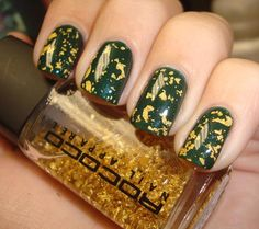 I don't like the colors together but I would love to get my hands on that gold leaf!! Ulta Urban Jungle layered with Rococo Gold Leaf (pic from Chloe'sNails)