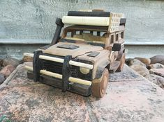 R The smallest jeep, featuring doors and bonnet that opens.