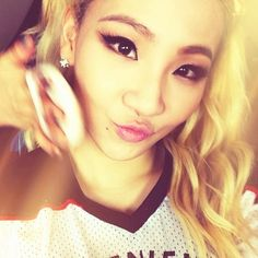 #CL #chaelinlee #chaelin #lee #chaerin #chaerinlee #leader #rapper #thebaddestfemale #queen #kpop #mtbd #drpepper #hellobitches #swag #babe #love #ya #2ne1 #kpop