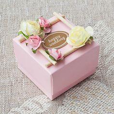 conjunto de 50 doce caixa favor rosa com flwers bonitas (tag não incluídas) – BRL R$ 261,22