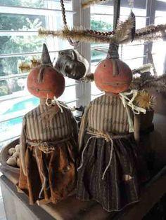 1309083748 Primitive Girl Pumpkin Dolls