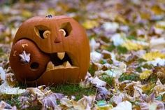 Pumpkin Decorating Ideas For Halloween - 4 UR Break- provides some information about interesting trends.