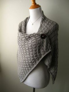 This hand knit shawl will keep you warm and chic this winter. @Gerri Hempfield next year for christmas?