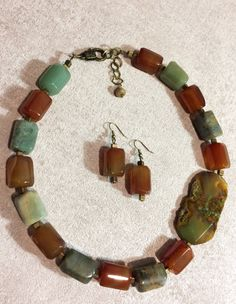 Natural Red Faceted Cube Agate Bead, Natural Freedom Agate Bead, Natural Faceted Green Aventurine Column Bead, Bronze Square Spacer Necklace  https://www.instagram.com/abalone.abalone/  Length - cm (inch)  Natural Red Faceted Cuboid Agate Bead - 20x15x15mm  Natural Faceted Green Aventurine Column Bead - 20~22x15~17x15mm