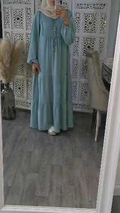 Modest Fashion Hijab, Modern Hijab Fashion, Muslim Women Fashion, Frock Fashion, Islamic Fashion, Abaya Fashion, Hijab Style Dress, Fashion Dresses, Mode Turban