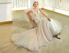 Ce model te incanta mai mult? #prestige #events #craiova #rochie_de_mireasa #sirena #printesa #fashion