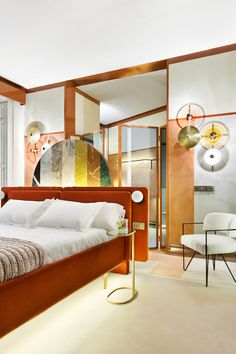 Our highlights of Casa Decor 2018 Interiores Art Deco, Interiores Design, Hotel Bedroom Design, Bedroom Decor, Upholstered Beds, French Decor, House Rooms, Decoration, House Design