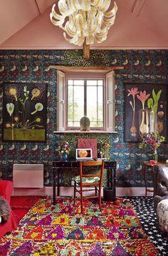 'English eccentric' decor