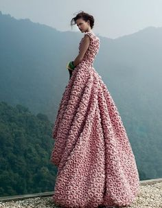 #fabulous #elegant #dress #gown #glamour #luxury #fashion #couture #flower