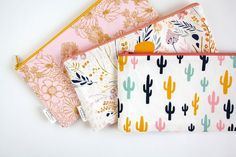 Cactus Pouch Cactus Pencil Pouch Pencil Case Desert Floral Back to School School Make Up Woman Bag Bag Pencil Bags, Pencil Pouch, Zipper Pencil Case, Sewing Tutorials, Sewing Projects, Cute Pencil Case, School Pencil Case, Diaper Bag Organization, College Organization